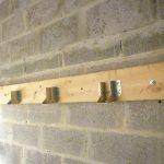 Construction d'un plancher en bois : les sabot