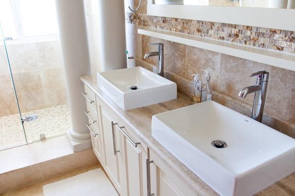 Double vasque de salle de bain