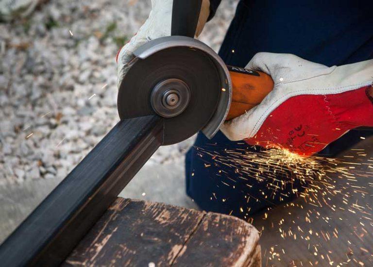 Choisir et utiliser les outils à main et électroportatifs