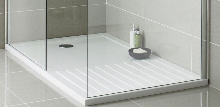 bac de douche propre