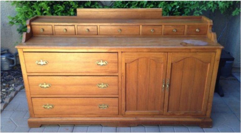 Restauration d'un meuble avant