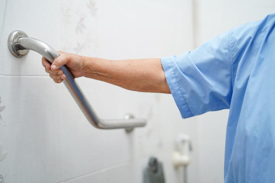 Aménagement salle de bain pour séniors