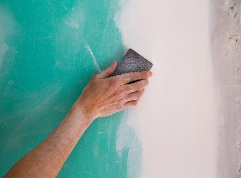 Poncer un mur