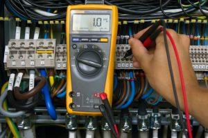 multimetre fil electrique
