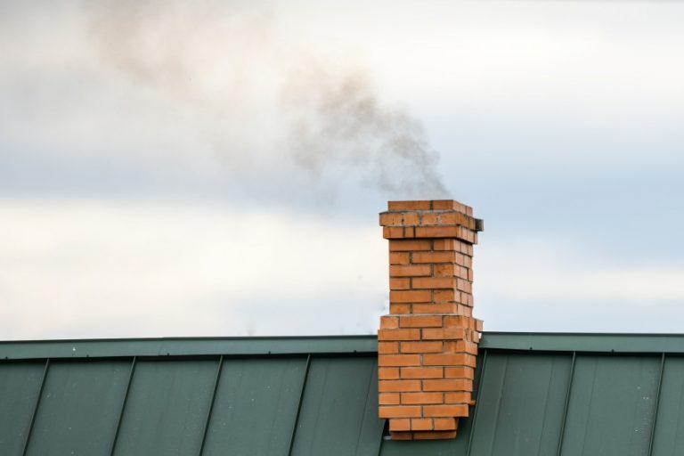 ramonage cheminee toit