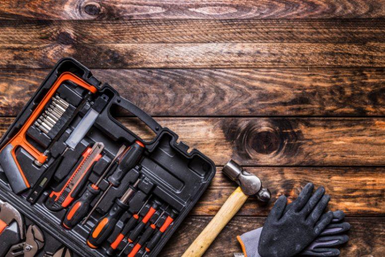 boite outils bois